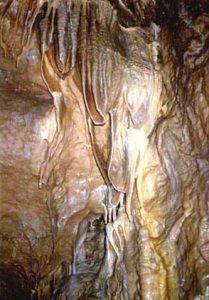 Képek a Csodabogyós barlangból